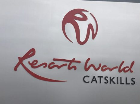 resorts world catskills sign