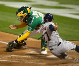 jose altuve slide